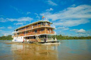 manatee-amazon-explorer_137658684995